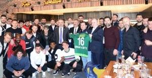 Bursaspor yöneticileri ve sporcularına moral desteği
