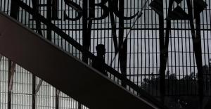 HSBC'den küresel operasyon:  35 bin kişiyi işten çıkaracak