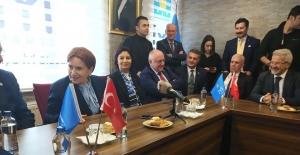 bMeral Akşener Bursa#039;da; Çarşı.../b