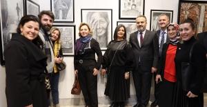 'Renk ve Ahenk' sergisinde 24 sanatçı 40 eser