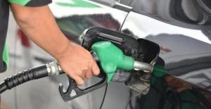 Bir litre motorinin fiyatı bir litre benzinin fiyatını geçti!