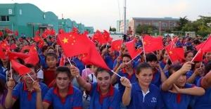 """Dünyaca ünlü markaların Çin'deki fabriklarında """"Uygur İşçiler"""" köle gibi çalıştırılıyor"""