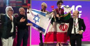 İsrail ve İran bayrakları güzellik yarışmasında yan yana geldi