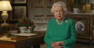 """İngiltere Kraliçesi Elizabeth: """"Kararlı ve birlikte olursak bu hastalığın üstesinden geleceğiz"""""""
