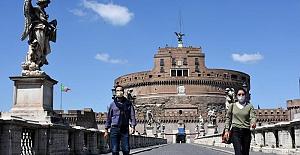 """İtalyanlar çok kötü durumda: """"Virüs gücünü yitirdi ama açlıktan ölmemize az kaldı"""""""
