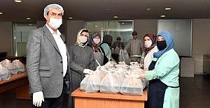 Osmangazi'de Sıcak Yemek Dağıtımı