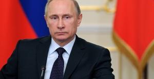 """Rusya Devlet Başkanı Putin: """"Rusya Ekonomisi zor durumda.."""""""
