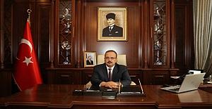 Bursa Valisi Canbolat '1 Mayıs Emek ve Dayanışma Günü'nü kutladı