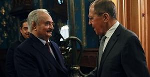 Rusya Hafter'e mesaj göndererek, derhal ateşkes istedi