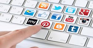 """""""Sosyal Medya Etik Kuralları"""" siyasi gündemde"""