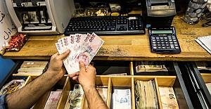 Türk Lirası değer kaybını sürdürüyor; Dolar kur'u tarihi zirveye yaklaştı