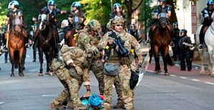 ABD kendi halkının karşısına orduyu çıkarttı; bazı kentlerde sokağa çıkma yasağı ilan edildi