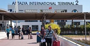 Alman Hükümeti Turizm Sorumlusu: Türkiye'de yaz tatili mümkün