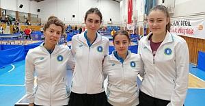 Bursa Masa Tenis Takımı Süper Lig'i birinci sırada bitirdi