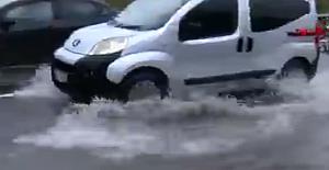 İstanbul Valiliği yarın sabah etkili olacağı beklenen yağışlara karşı uyarıda bulundu