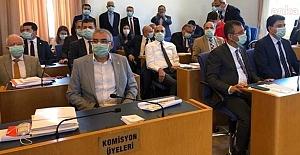"""Adalet Komisyonu'nun üçüncü gününde muhalefet: """"Turşu değil baro kuruyoruz!.."""""""