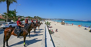 bİzmirin Plajları Atlı Polis Birliklerine.../b