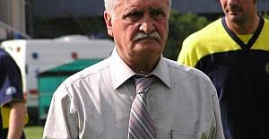 Fenerbahçe eski teknik direktörü Mustafa Taner Güney hayatını kaybetti