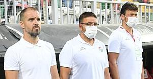 """Bursaspor Teknik Sorumlusu Fazlı Tan: """"Oyuncularımızı Tebrik Ediyorum"""""""