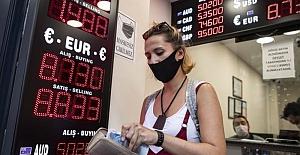Dolar/TL kuru 7,43 seviyesini aşarak yeni tarihi zirvesine yükseldi. TL'nın değer kaybı devam edecek mi?