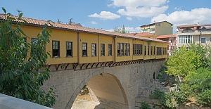 Irgandı Köprüsü'ne turistik düzenleme