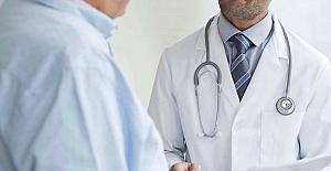 Maskesiz muayene yapan doktor 100'den fazla kişiye koronavirüs bulaştırdı