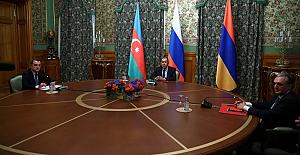 """Rusya: """"10 saatlik görüşmelerin ardından, Azerbaycan ile Ermenistan arasında Dağlık Karabağ için anlaşma sağlandı"""""""