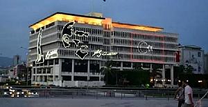 153 yıllık İzmir Büyükşehir Belediye binasına hasar nedeniyle yıkım kararı