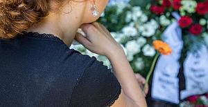 Almanya'da her üç günde bir kadın, partneri veya eski partneri tarafından öldürülüyor!