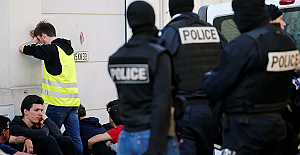 Fransa'da ilk: Mahkeme, Sarı Yelek'li eylemcinin plastik mermiyle yaralanmasından devleti sorumlu tuttu