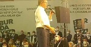 Gelecek Partisi 1. Olağan Kongresi yapıldı. Genel Başkanlığa Ahmet Davutoğlu seçildi