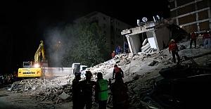 İzmir depreminde hayatını kaybeden vatandaş sayısı 76'ya yükseldi