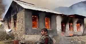 Karabağ'ı terk eden Ermeniler Evleri ve Ormanları Yakıyorlar!