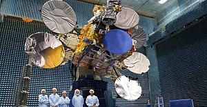 """Bakan Adil Karaismailoğlu: """"Pazartesiyi Salıya bağlayan gece 5A uydumuzu uzaya fırlatıyoruz"""""""