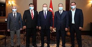 Çavuşoğlu, Ukrayna'daki Ahıska Türkleriyle bir araya geldi