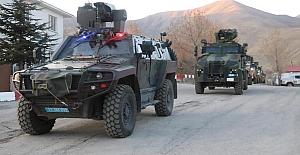 """Jandarma Timleri Bitlis'te """"Yıldırım-16 Sehi Ormanları"""" operasyonunu başlattı"""