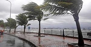 Meteoroloji'den fırtına uyarısı: Rüzgarın hızı 90 km'ye ulaşacak!