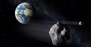 NASA: Dünya'ya 'potansiyel tehdit' oluşturan 3 asteroit yaklaşıyor