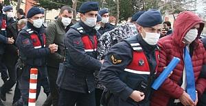 """7 Binden fazla vatandaşı """"devre mülk"""" satışıyla dolandıran 19 kişiye gözaltı"""