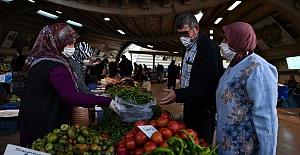 Çiftçi Pazarı Cuma Günleri Tüketici İle Buluşuyor