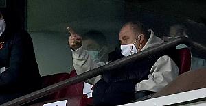 Fatih Terim'in 5 maç men cezası 4 karşılaşmaya düşürüldü