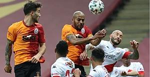 Galatasaray 2021'e çok iyi başlayamadı: Fraport TAV Antalyaspor 0 - 0 Galatasaray