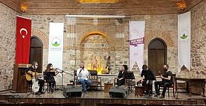 Genç Müzisyenlerden Online Konser
