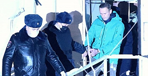 Cezaevine konulan Rus muhalif siyasetçi Navalni, halka sokağa çıkma çağrısında bulundu