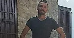 İşsiz kalan müzisyen, 'geçim sıkıntısı' nedeniyle intihar etti
