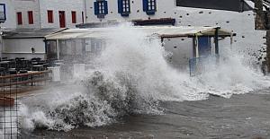 Meteoroloji, Batı Karadeniz Bölgesi için fırtına uyarısı yaptı