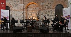 Osmangazi'de sohbet tadında müzik..