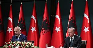Türkiye ve Arnavutluk'tan 'FETÖ ile mücadele' mesajı