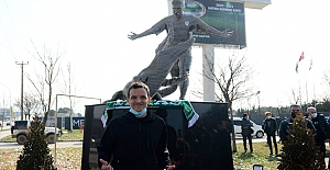 Bursa'da Arjantinli Futbolcu Batalla'nın Heykeli açıldı
