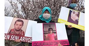 Çin'in alıkoyduğu çocukları için mücadele eden Doğu Türkistanlı anneler Ankara'ya ulaştı